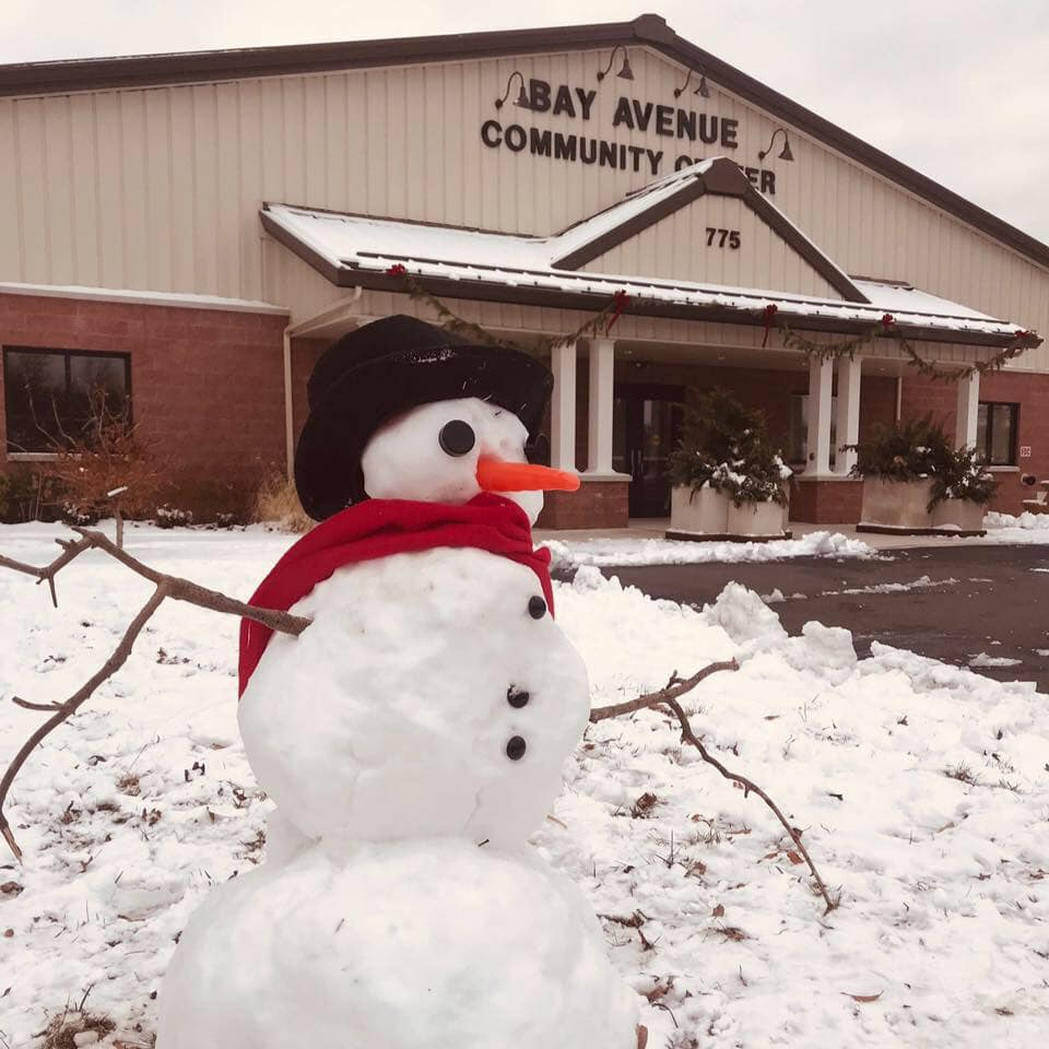 Snowman Contest Opens in new window